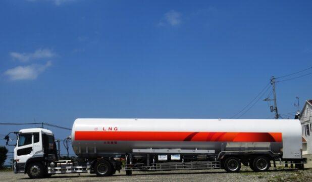 大型トラック運転手におすすめ資格の高圧ガス移動監視者!試験って難しい?
